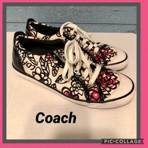 Coach Poppy graffiti sneakers size 8